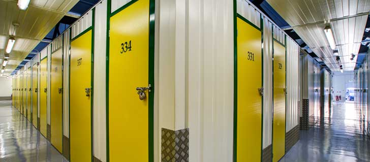 4 Ways Your Business Can Benefit From A Self Storage Unit